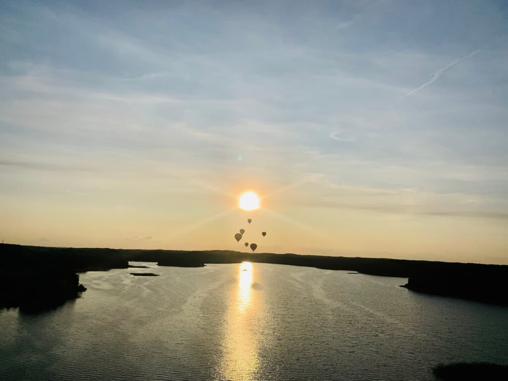 balloons-on-the-sunset