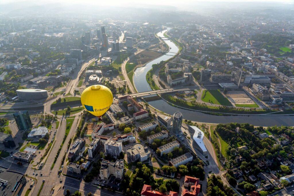 hot-air-balloon-vilnius-zverynas