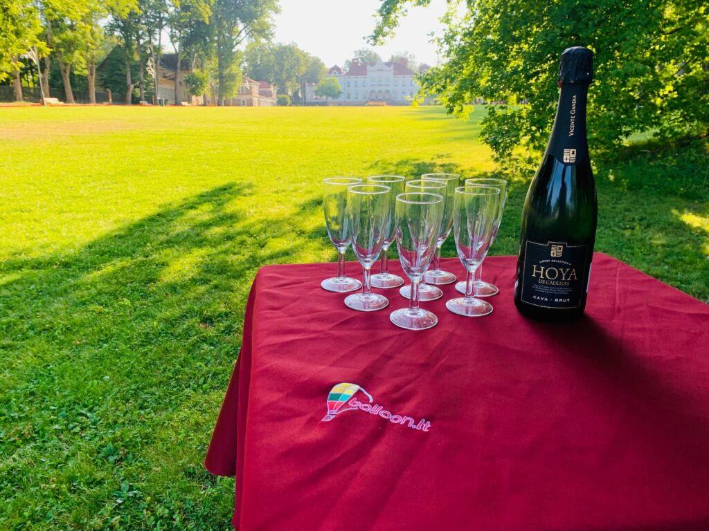 perfect-celebration-bubbles
